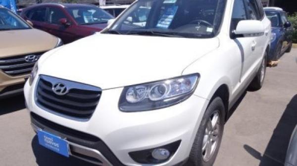 Hyundai Santa Fe GLS año 2012