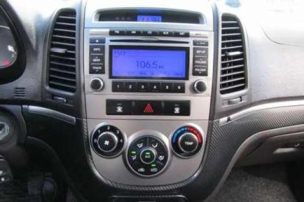 Hyundai Santa Fe FL GLS 2.4 año 2012