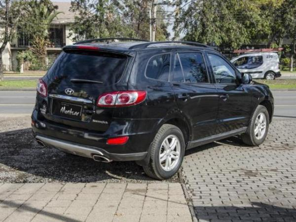Hyundai Santa Fe 2.4 GLS 2WD año 2012