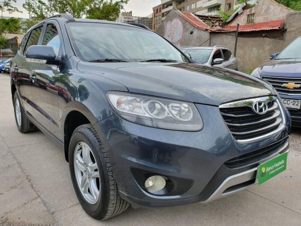 Hyundai Santa Fe GLS 2.4 AT 4X2 año 2012