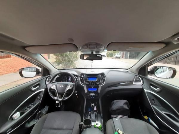 Hyundai Santa Fe GLS 4WD 2.4 año 2014