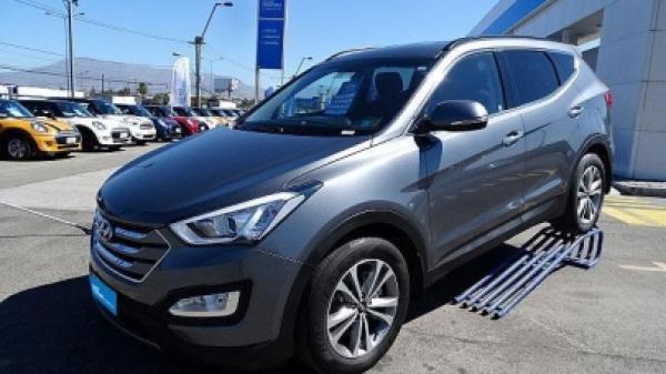 Hyundai Santa Fe 2.4 año 2015
