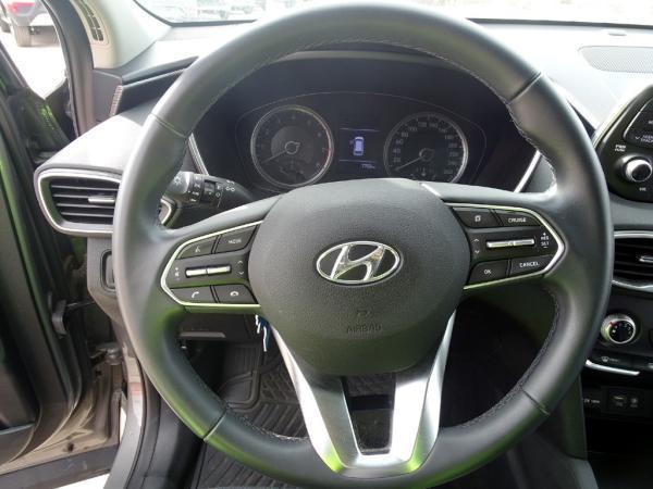 Hyundai Santa Fe 2.4 MT año 2020