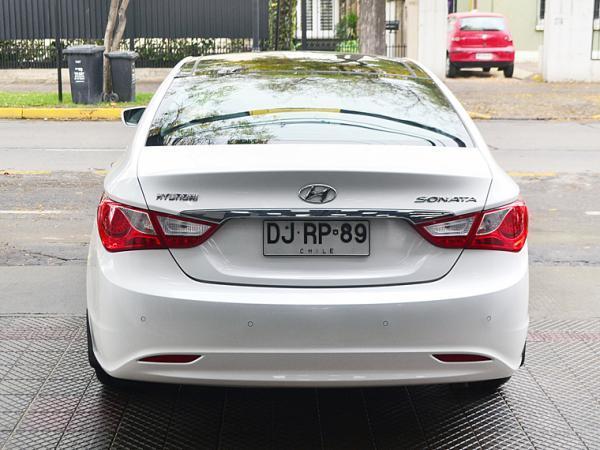 Hyundai Sonata YF GLS 2.4 AT año 2012