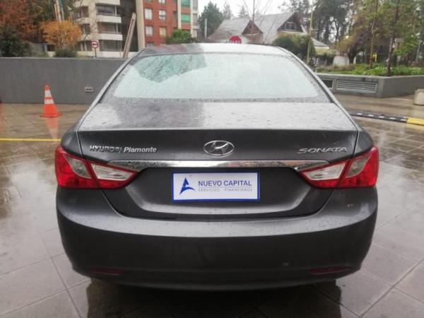 Hyundai Sonata YF GLS FWD 2.0 AT año 2013
