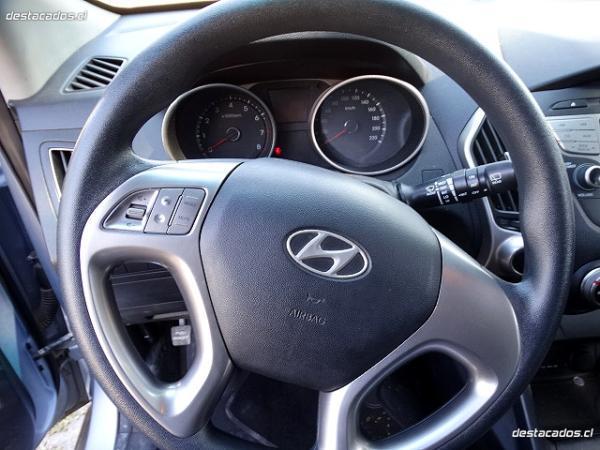 Hyundai Tucson GL 2.0 año 2010