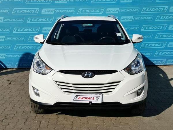 Hyundai Tucson NEW GL 2.0 AT 4X2 AC año 2011