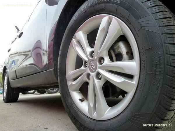 Hyundai Tucson GL CRDI año 2013