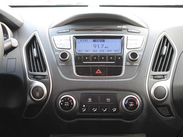 Hyundai Tucson NEW TUCSON GL 4WD 2.0 año 2014