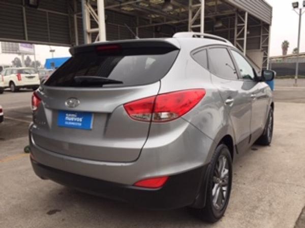 Hyundai Tucson MT 4X2 2.0 año 2015