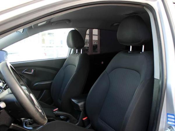 Hyundai Tucson TUCSON GL 2.0 año 2015