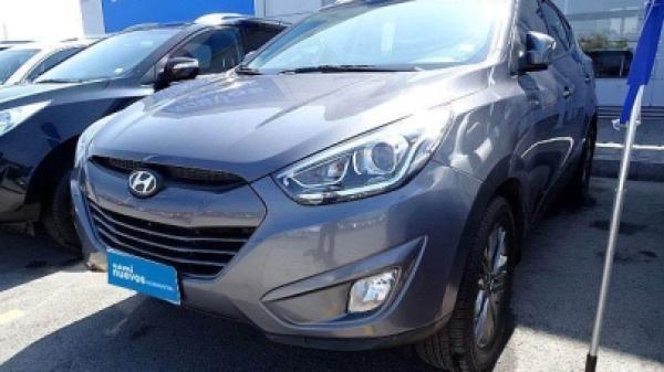 Hyundai Tucson 2.0 año 2015