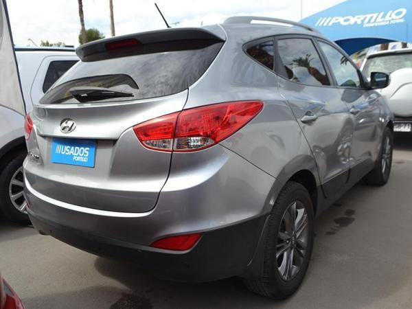 Hyundai Tucson NEW TUCSON GL 2.0 año 2015