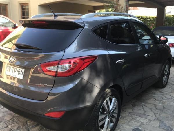 Hyundai Tucson 2.0 GLS LIMITED 4X4 año 2015