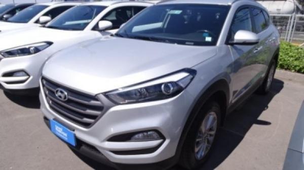 Hyundai Tucson GL año 2016