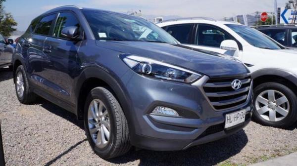 Hyundai Tucson 2.0 GL MT 2WD año 2016