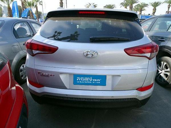 Hyundai Tucson TL 6AT GL ADVANCE año 2017