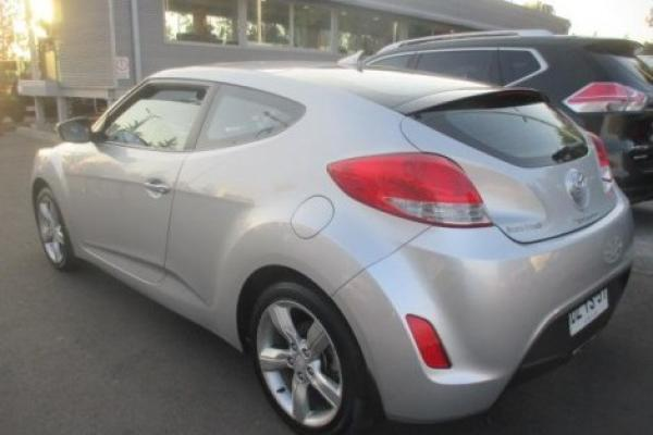 Hyundai Veloster 1.6 GLS año 2012
