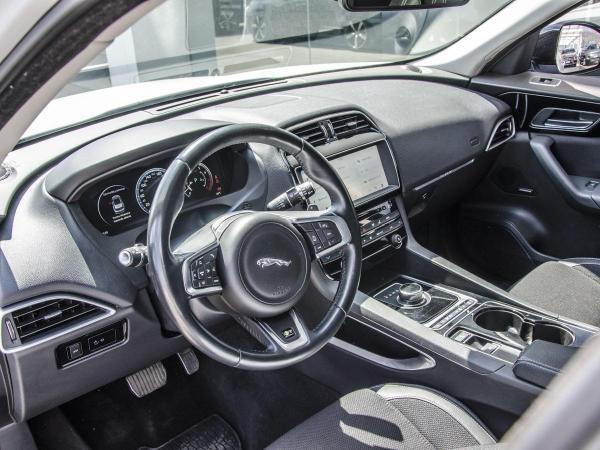 Jaguar F-Pace R SPORT año 2017