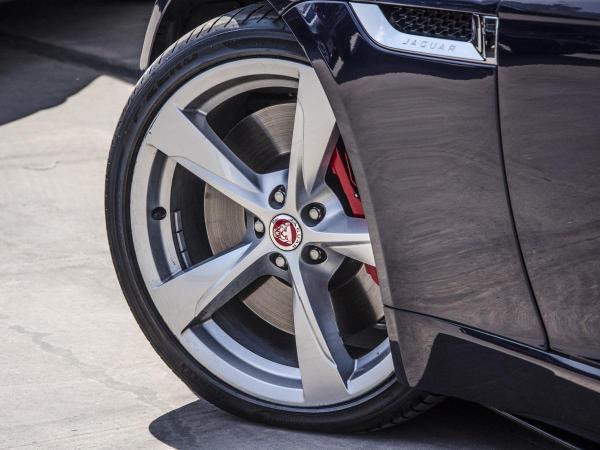 Jaguar F-Type 5.0 V8 S/C R AWD COUPE año 2018