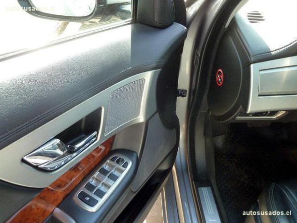 Jaguar XF S 3.0 año 2012