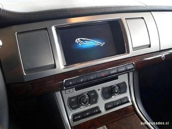 Jaguar XF 2.0T PL año 2014