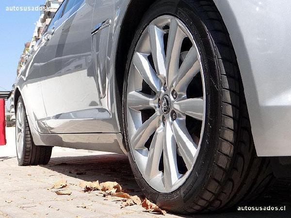 Jaguar XF T año 2014