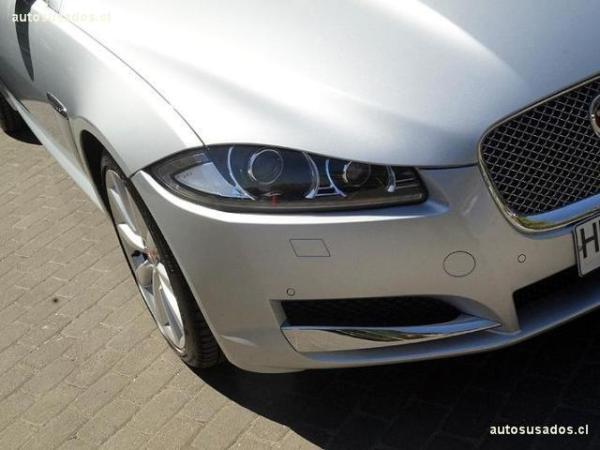 Jaguar XF 2.0T año 2015