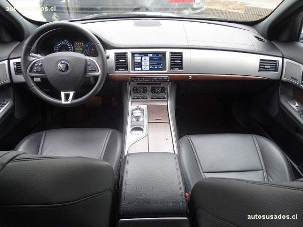 Jaguar XF  año 2015