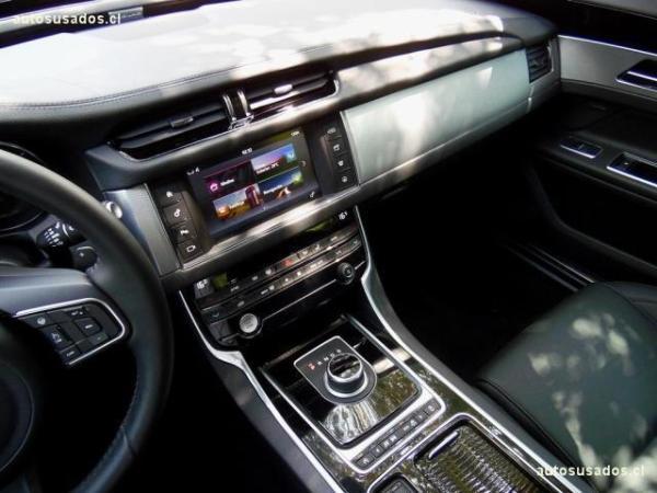 Jaguar XF 35T 3.0 año 2018