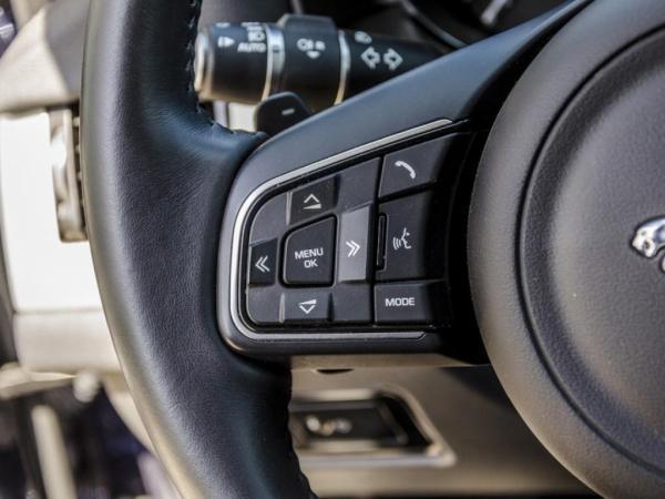 Jaguar XF PURE año 2018