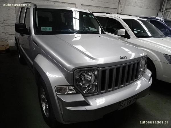 Jeep Cherokee LIBERTY año 2013