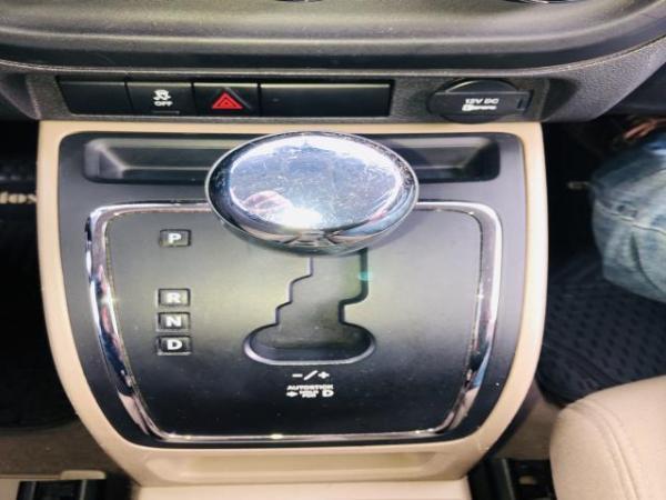 Jeep Compass SPORT 4X2 . año 2012