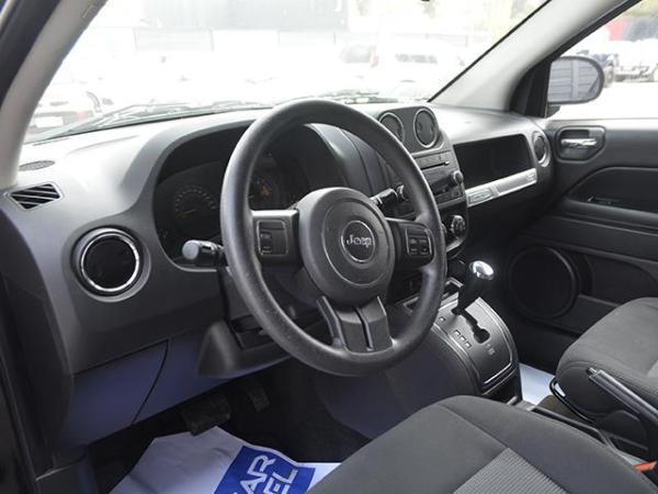 Jeep Compass COMPASS SPORT 4X4 2.4 año 2014