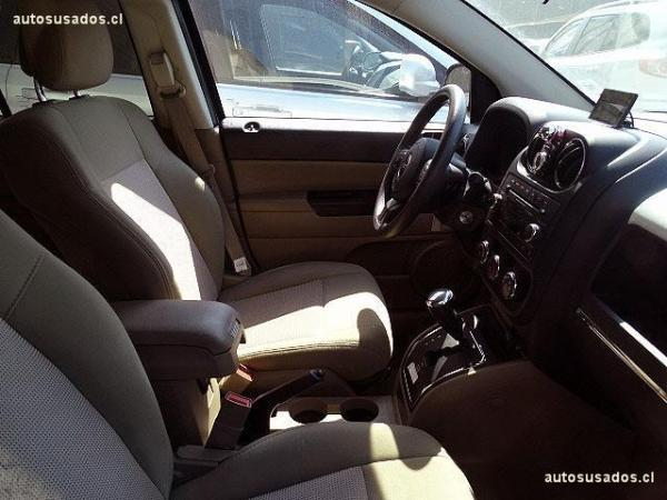 Jeep Compass SPORT 2.4 AT año 2015