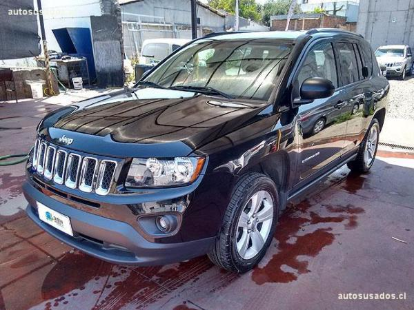 Jeep Compass SPORT 2.4 año 2015
