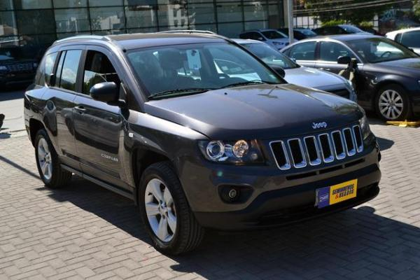 Jeep Compass Compass Sport 4x4 2.4 año 2015