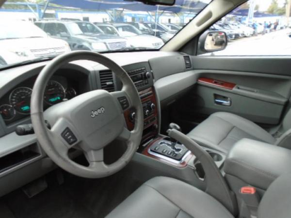 Jeep Grand Cherokee LIMITED 4.7 4X4 año 2008