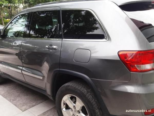 Jeep Grand Cherokee LIMITED 4X4 año 2012