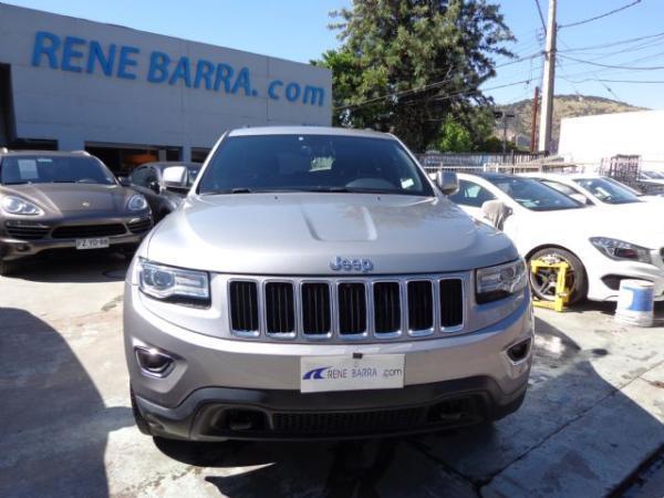Jeep Grand Cherokee LAREDO 3.6 EQU año 2014