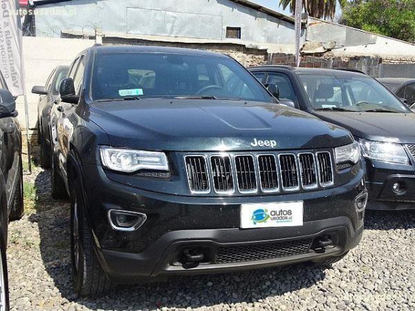 Jeep Grand Cherokee LAREDO 3.6 año 2014