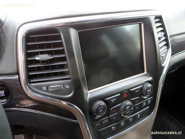 Jeep Grand Cherokee OVERLAND año 2016