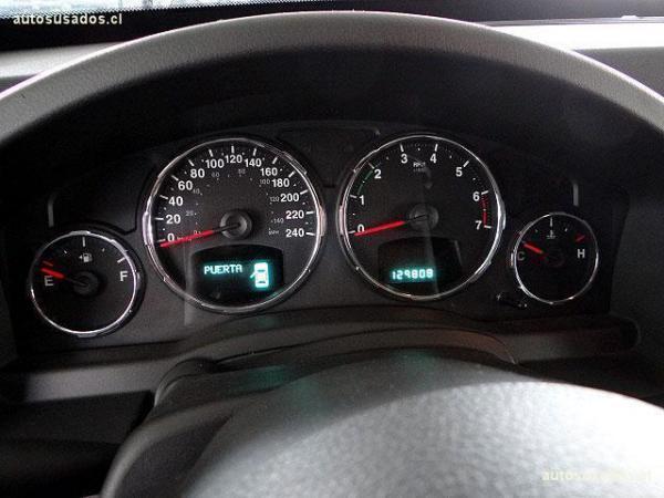 Jeep Liberty sport 4x4 único dueño año 2012
