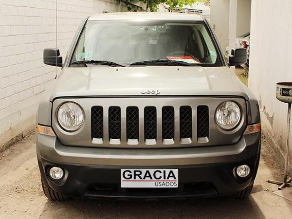 Jeep Patriot SPORT 2.4 AT año 2013