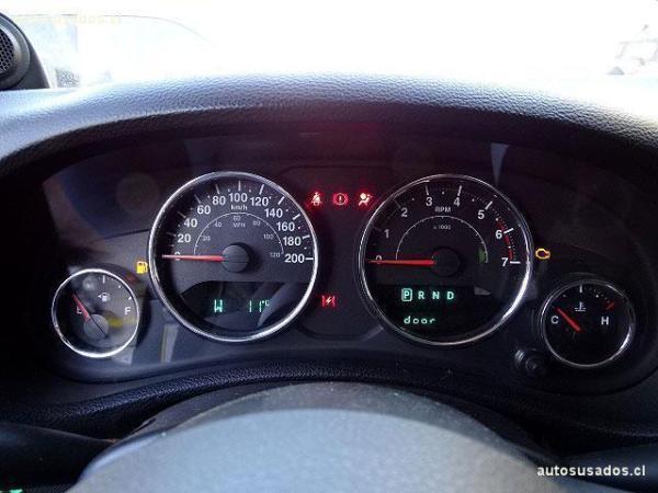 Jeep Wrangler UNLIMITED RUBICON 3.8 año 2011