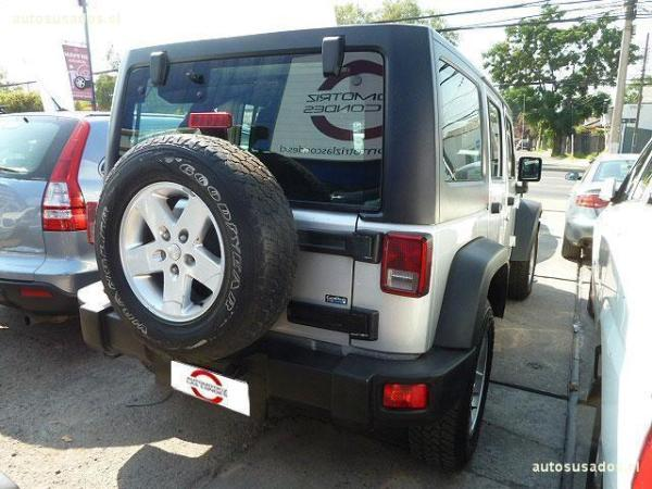 Jeep Wrangler UNLIMITED RUBICON año 2011
