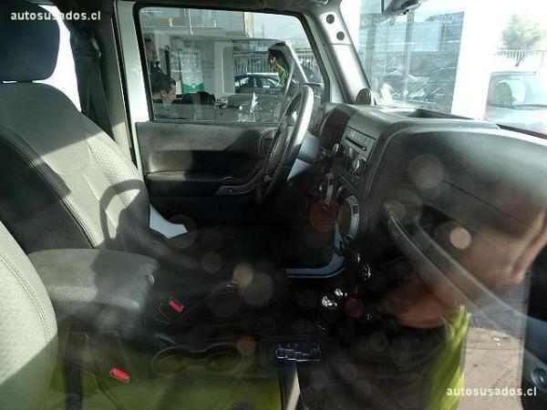 Jeep Wrangler SPORT año 2014