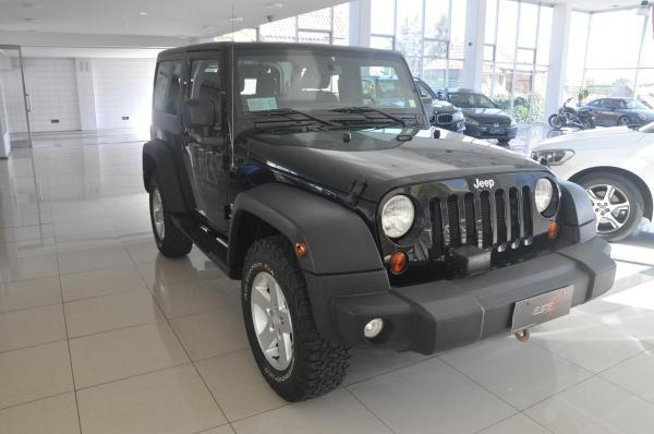 Jeep Wrangler Sport 4WD AT año 2014