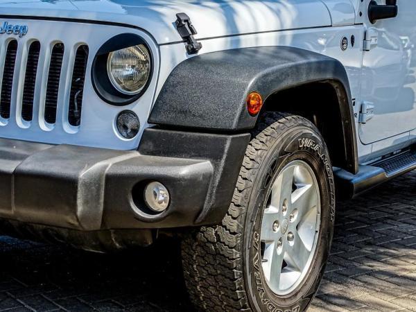 Jeep Wrangler WRANGLER UNLTD SPORT 4X4 año 2017