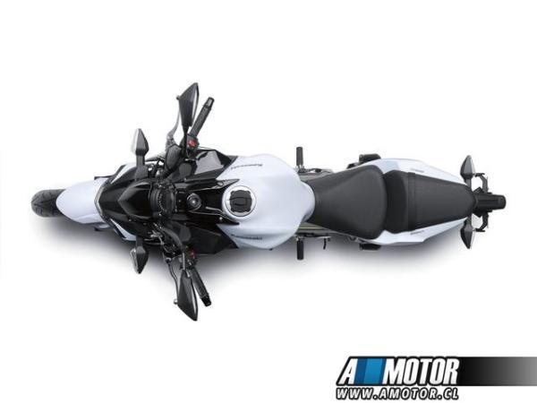 Kawasaki 650 ABS año 2018